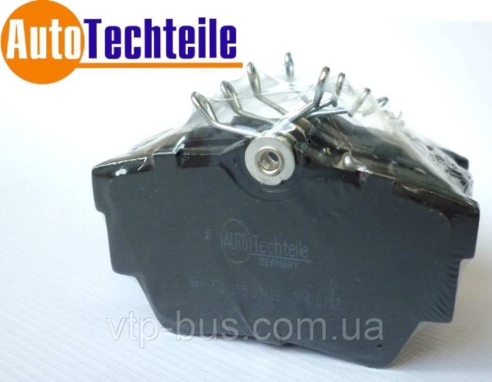 Тормозные колодки задние на Renault Trafic / Opel Vivaro (2001-2014) Autotechteile (Германия) 5040153