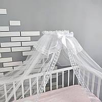 Балдахин на детскую кроватку в белом цвете с мелким белым кружевом