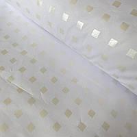 Тик с мелкими золотыми квадратиками на белом фоне, фото 1