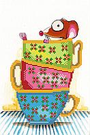 Мышка в чашках . Схема вышивки бисером .