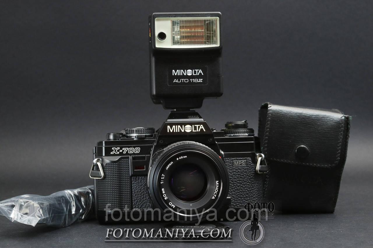 Minolta X-700 kit Minolta MD 50mm f1.7 + flash Minolta auto 118X