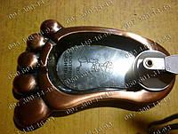 Необычные подарки Пепельница с зажигалкой Нога №2681 Идеи подарка Предмет интерьера Атрибут для курильщиков