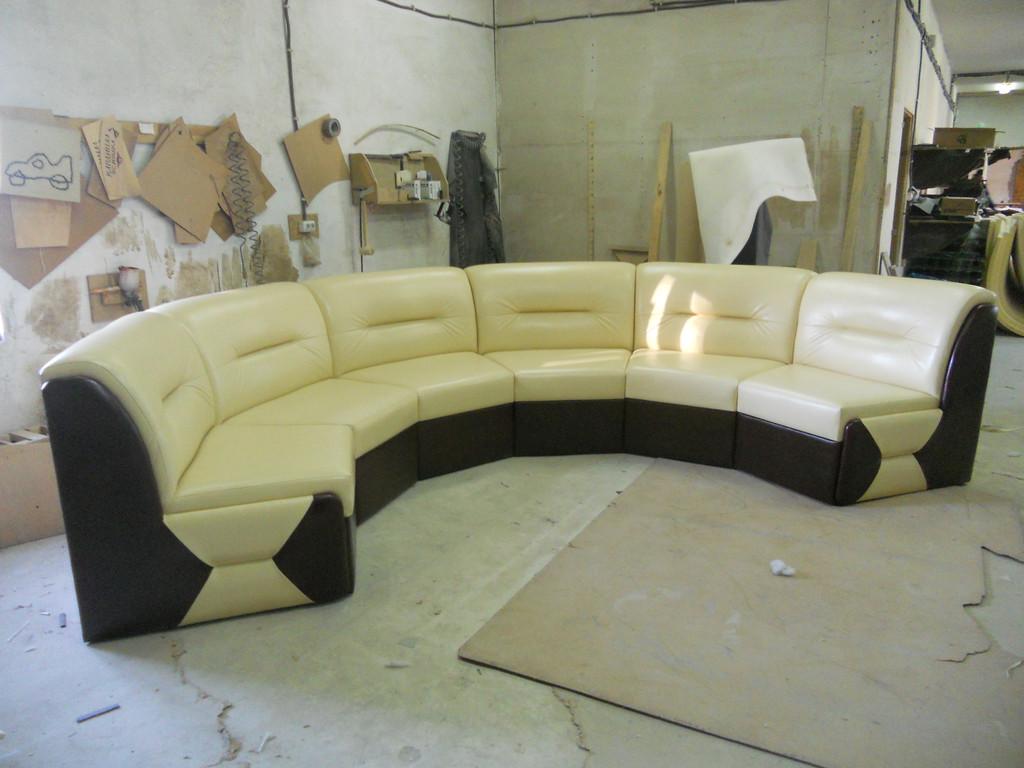 "Круглий диван ""Ната"" -1"