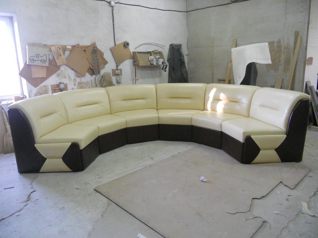 "Круглий диван ""Ната"" 4"