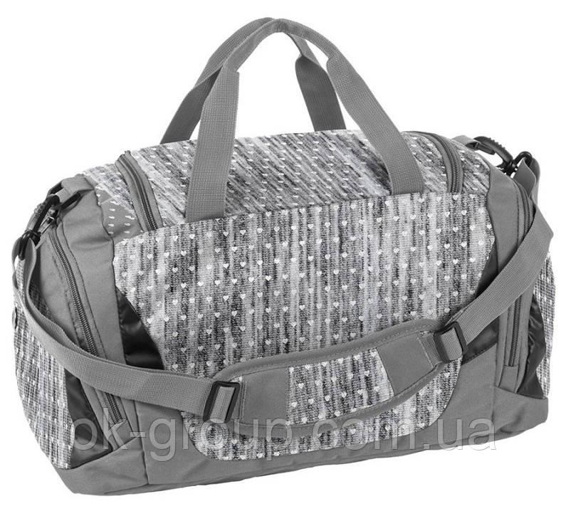 Спортивная сумка для фитнеса 27L Paso серая с сердечками