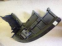 Защита двигателя пластиковая правая  (брызговик бампера) Geely Emgrand EC7 / Джили Эмгранд EC7 1068001646