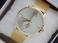 Мужские (Женские) кварцевые наручные часы Calvin Klein на металлическом ремешке