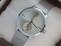 Мужские (Женские) кварцевые наручные часы Calvin Klein Mini на металлическом ремешке