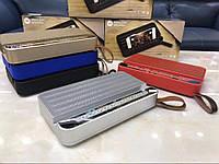 Беспроводная портативная Bluetooth Колонка V2 с FM радио, и подставкой для телефона и планшета