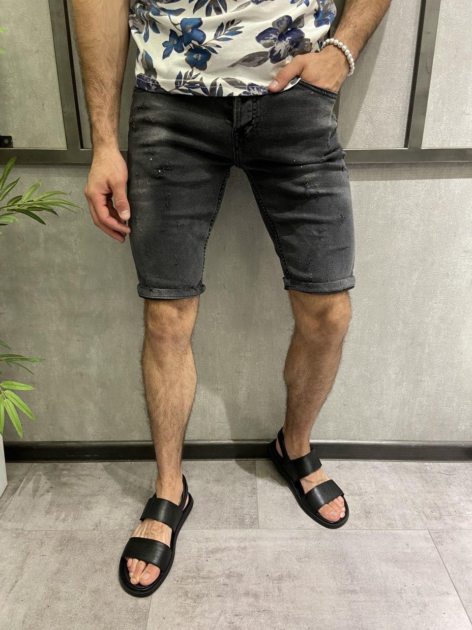 Чоловічі джинсові шорти сірі подряпані