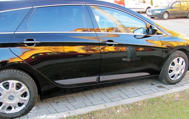 Молдинги боковые для Hyundai i40 2012->, PUR  универсал