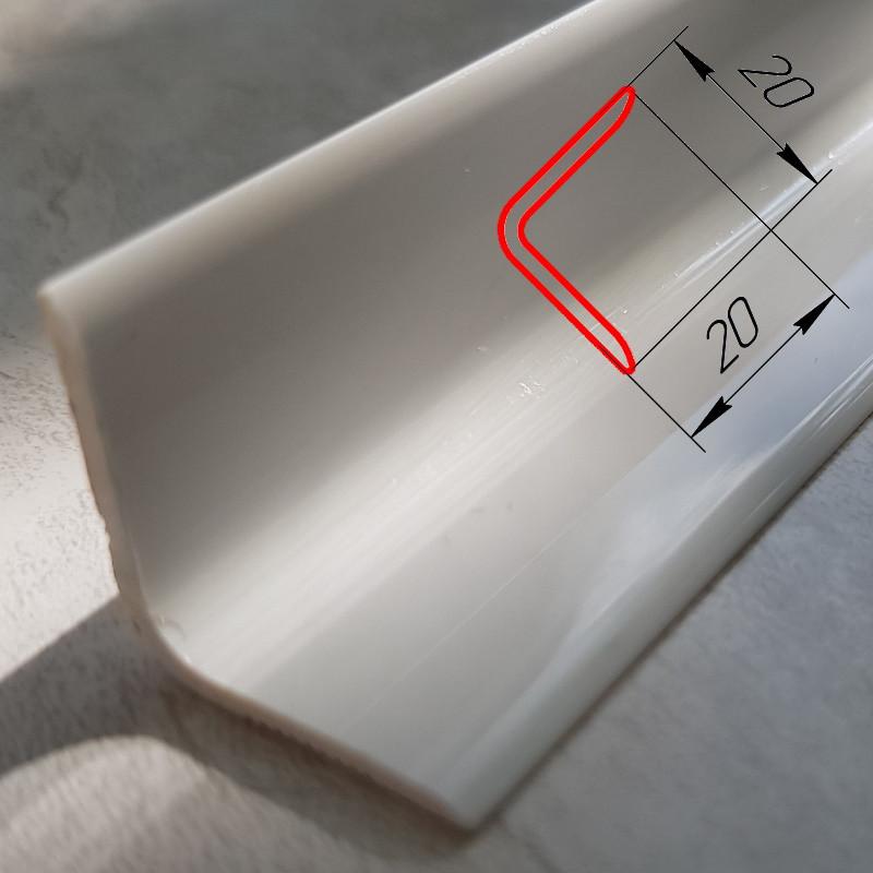 Уголок внутренний декоративный пластиковый отделочный 20 мм х 20 мм, 2,7 м Белый глянцевый