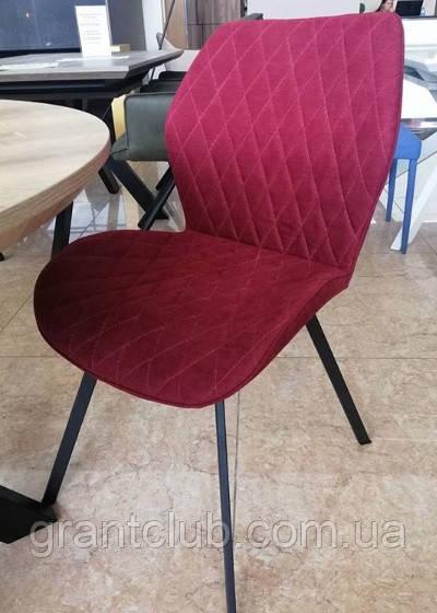 Мягкий стул M-40 бордо на черных ножках Vetro Mebel (бесплатная доставка)