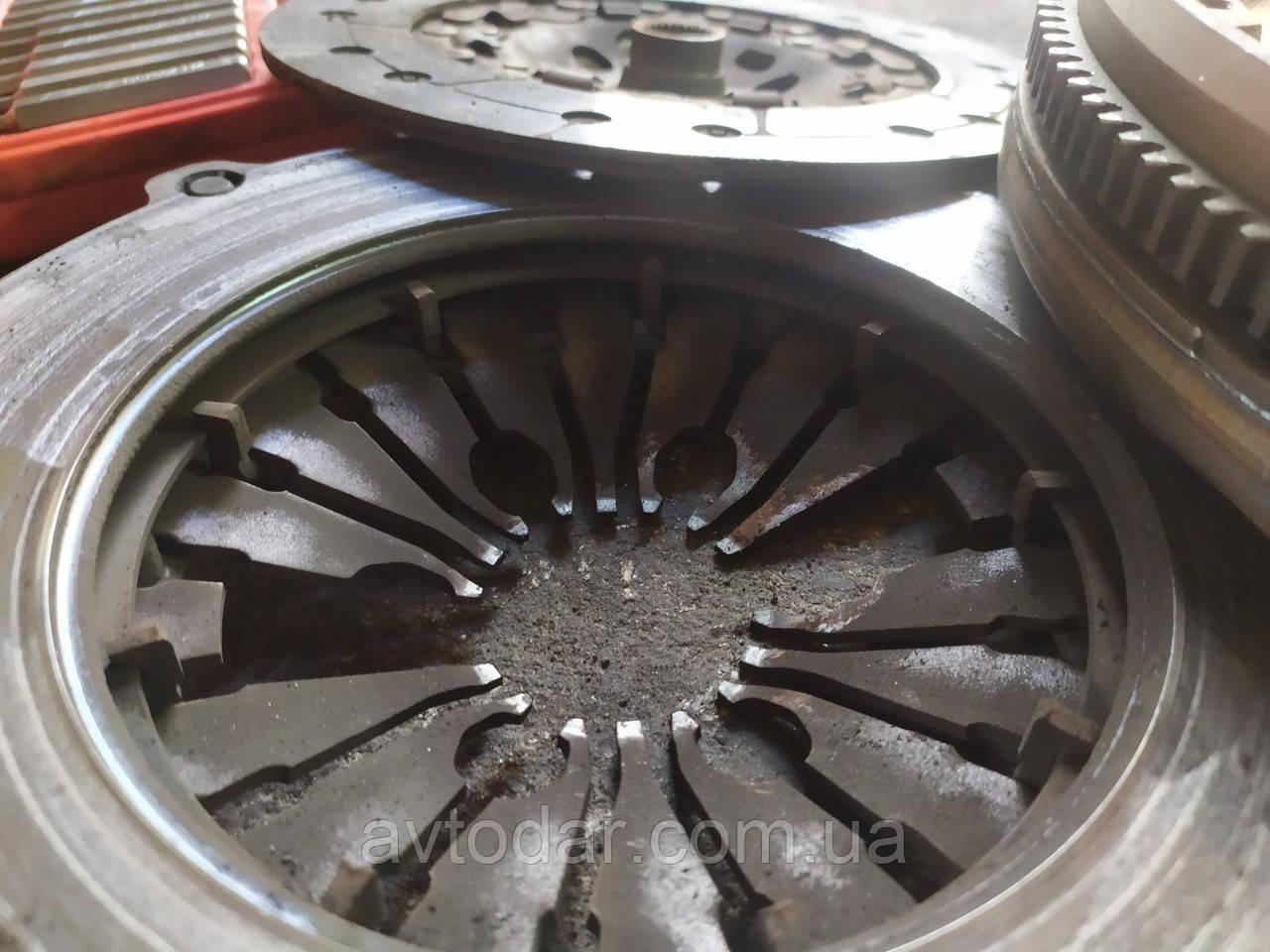 Заміна зчеплення Volkswagen Passat B4 ремонт КПП СТО