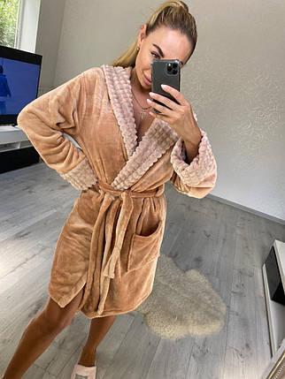 Стильный женский короткий махровый халат с капюшоном песочного цвета, фото 2
