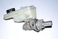 Главный тормозной цилиндр Renault Kangoo
