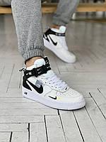 Кроссы мужские в белом цвете Nike Air Force 1. Белые кроссовки демисезонные Найк Аир Форс 1