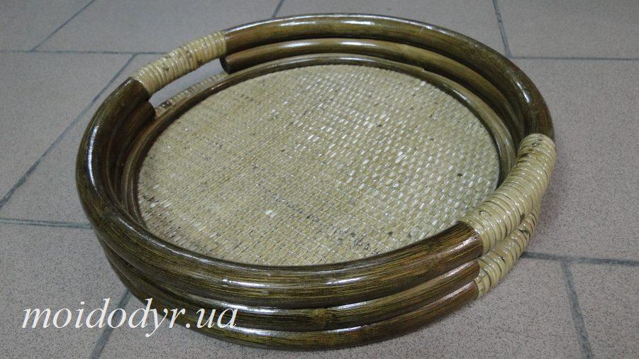 Поднос круглый из ротанга (цвет олива)