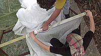 Как склеить агроволокно и другие способы ремонта спанбонда