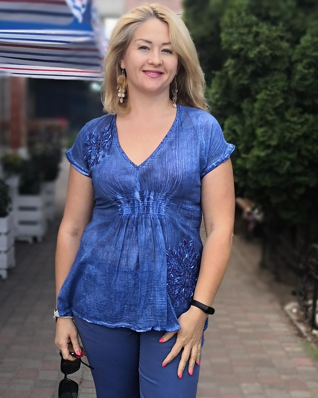 Блуза женская  синий хлопок с биссером и вышивкой БЛ 13196
