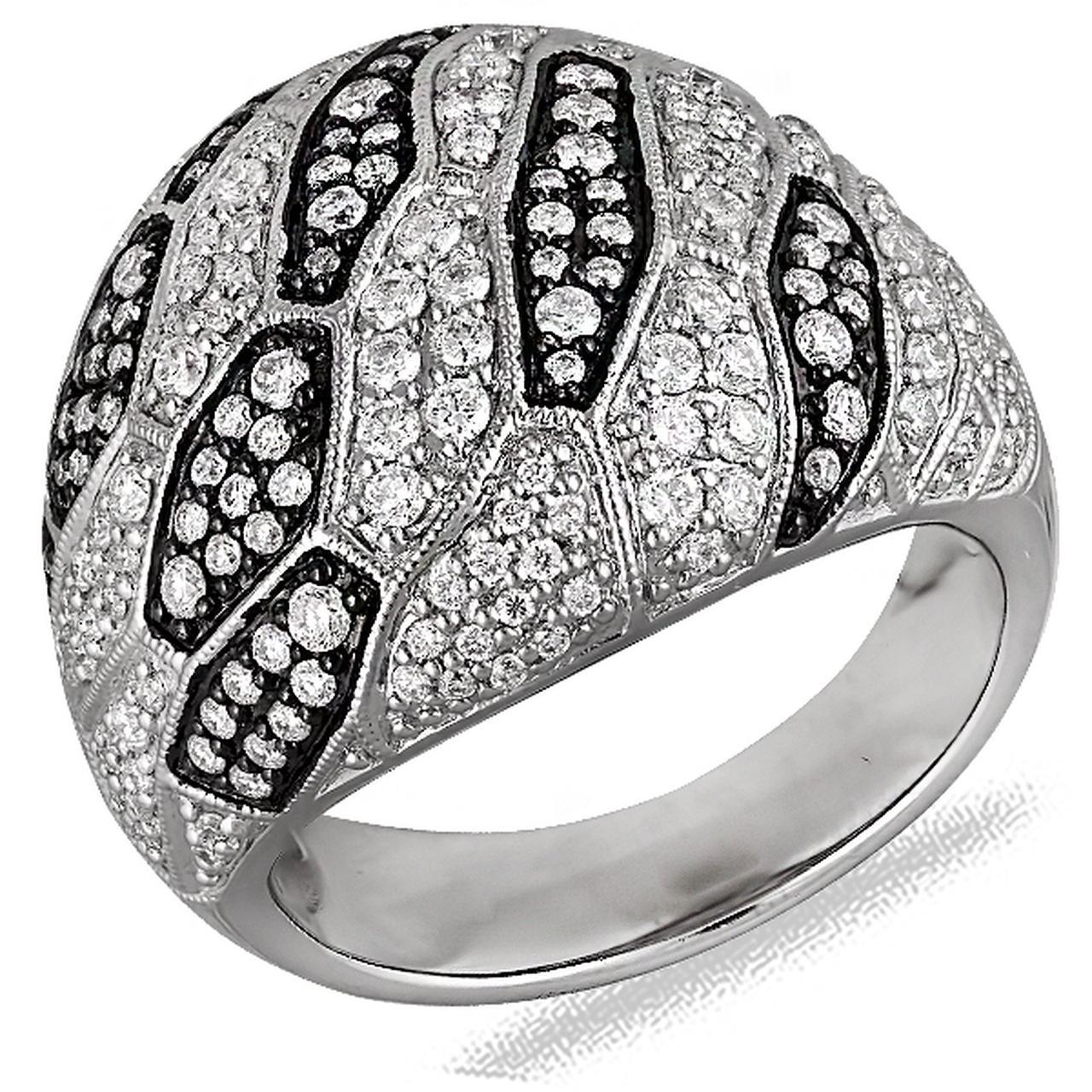 Золотое кольцо с бриллиантами, размер 17 (048335)