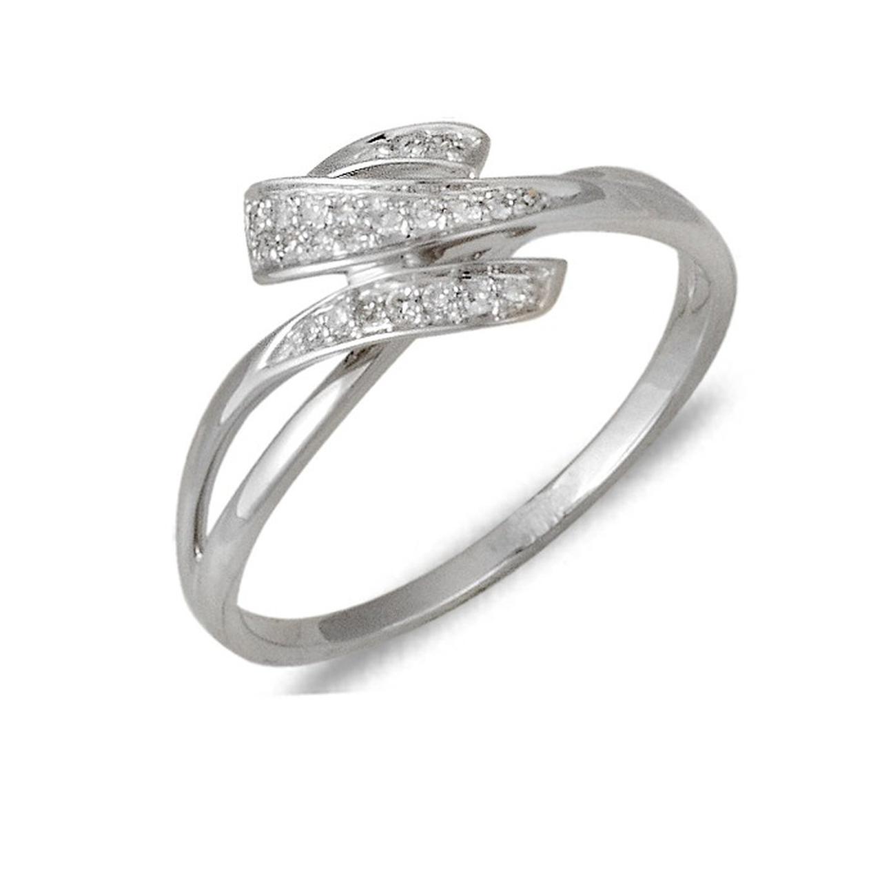 Золотое кольцо с бриллиантами, размер 16 (030167)