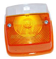 Плафон фонаря подфарников с поворотником Hella