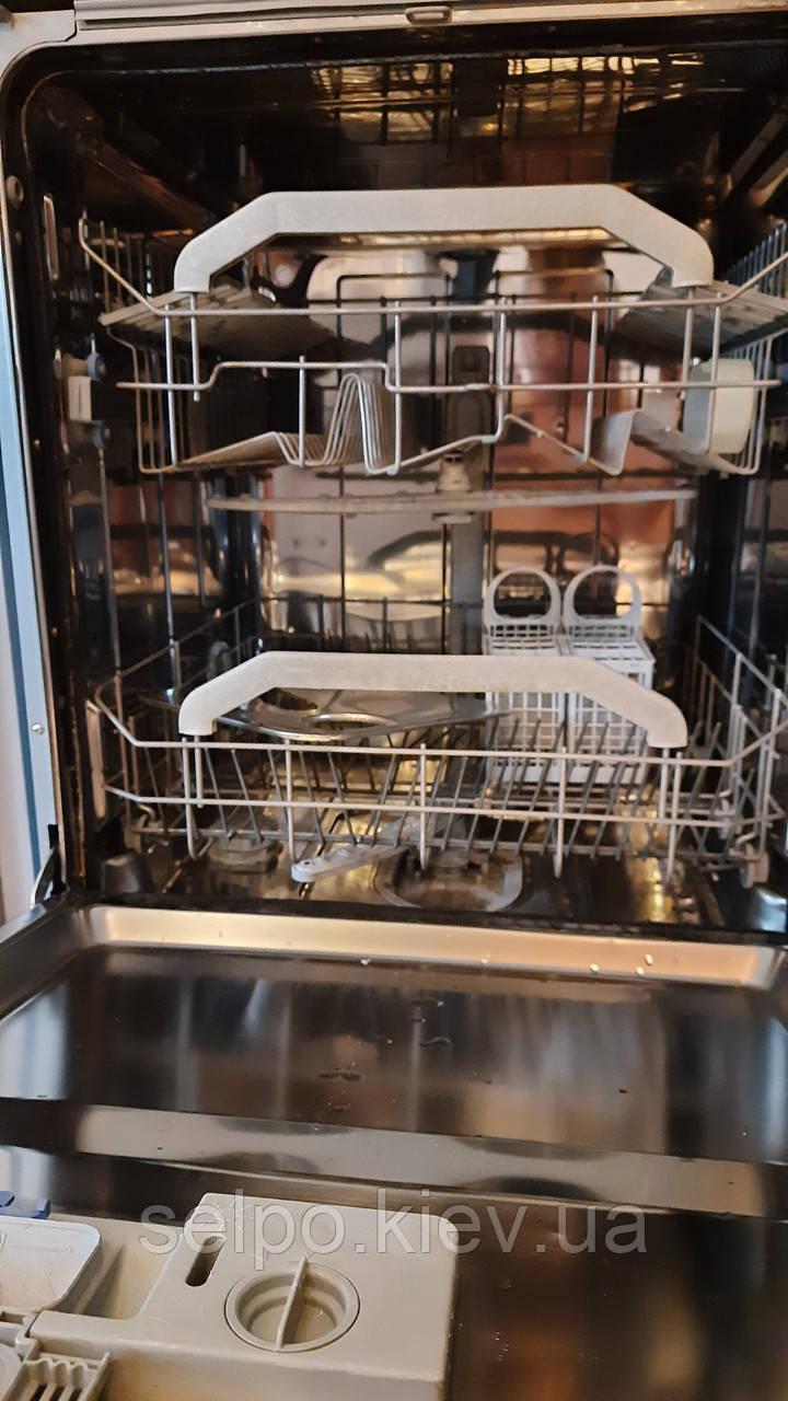 Посудомоечная машина полногабаритная 60см,встраиваемая ARISTON,с НОВЫМ 5
