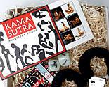 """Подарочный набор """"Красное и черное"""": камасутра шоколадная, чековая книжка желаний, кубики с позами и наручники, фото 2"""