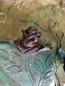Памятник из гранита Крест и роза 4