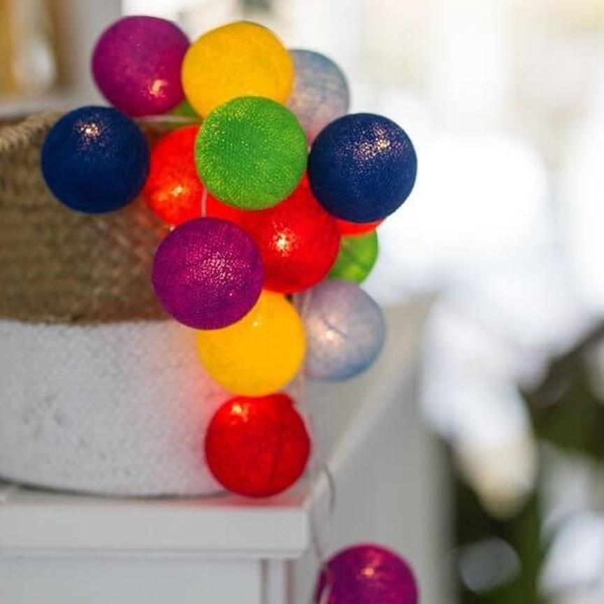 Гирлянда шарики 20 шт паутина,хлопок,цветные, от сети (Тайские шарики)