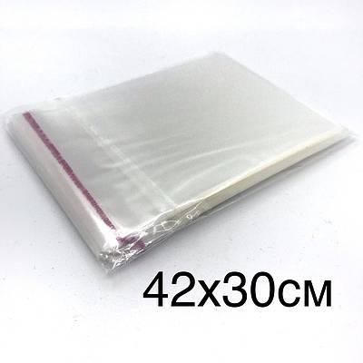 Поліпропіленовий пакет з клейкою стрічкою 42*30см, в закритому виді 38*30см.
