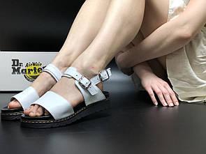 Жіночі Dr Martens Sandals White