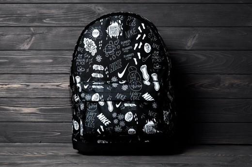 "Принтованный рюкзак след ""Black/White"""