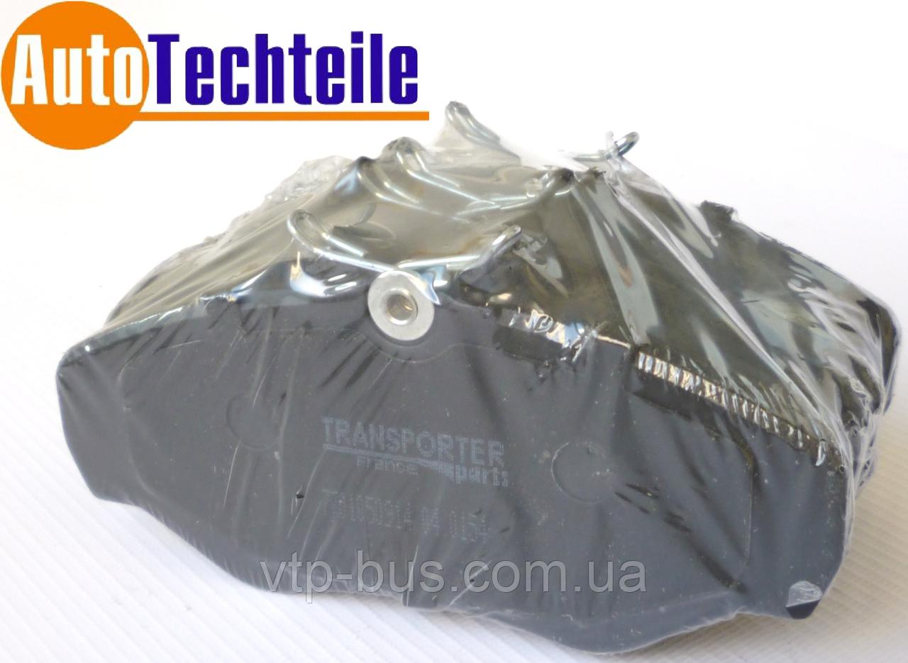 Гальмівні колодки передні на Renault Trafic / Opel Vivaro з 2001... Transporter (Франція), 04.0154