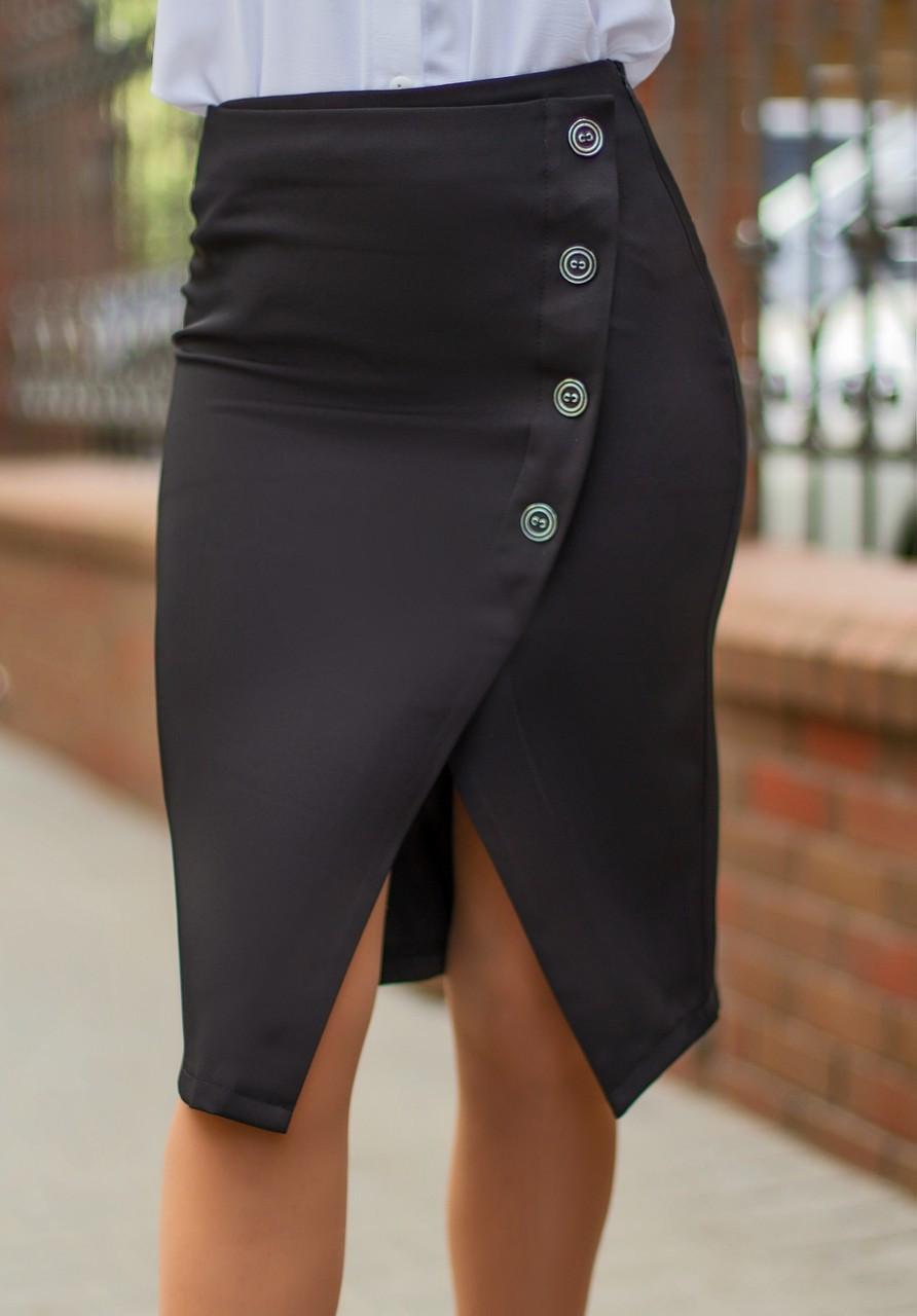Черная  юбка-карандаш с имитацией запаха