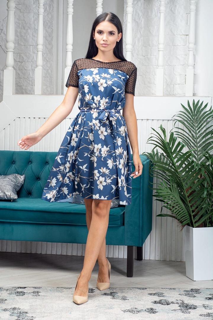 Платье летнее выше колена с сеткой в верхней части приталенное миди