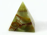 Пирамида из оникса (7,5х7,5х7,5 см)