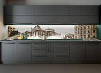 Кухонный фартук Ретро фото города виниловый (ПВХ наклейка пленка скинали для кухни) бежевый 600*2500 мм