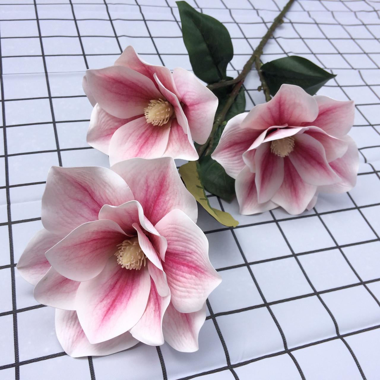 Искусственная ветка магнолии Бело-розовая 95 см  латекс