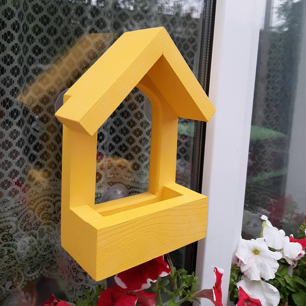 Годівниця для птахів з присосками на вікно Балкон