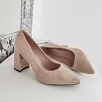 Туфли женские на каблуке бежевые экозамша