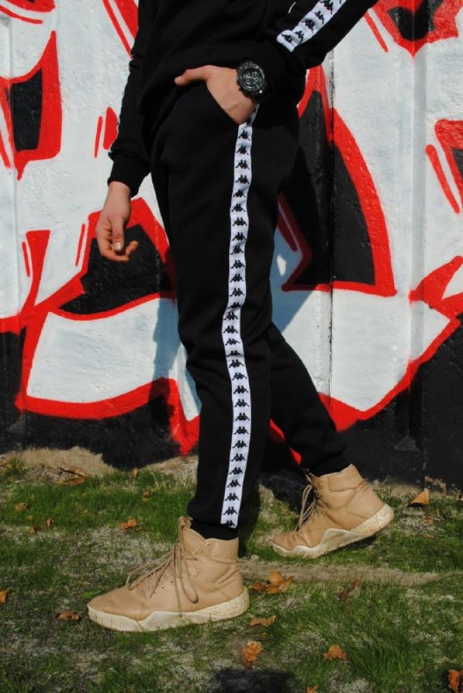 Штаны утеплённые чёрные с бело-чёрными лампасами Карра