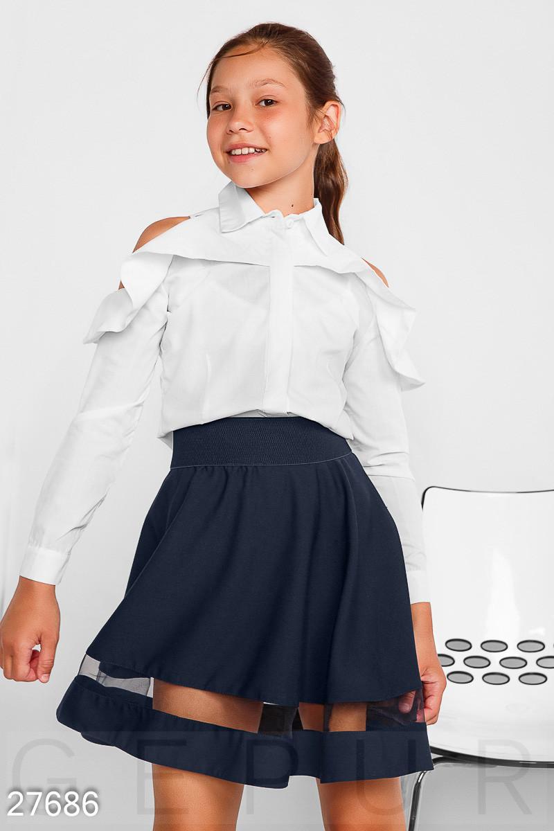 Однотонная школьная рубашка белого цвета на девочку