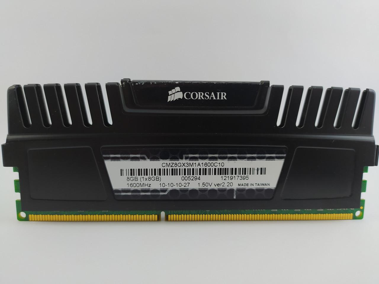Оперативная память Corsair Vengeance DDR3 8Gb 1600MHz PC3-12800U (CMZ8GX3M1A1600C10) Б/У