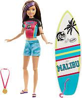 Оригинальная Кукла Барби с доской для серфинга и аксессуарами (GHK36) (887961795226), фото 1