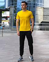 Мужской комплект - черные спортивные штаны и желтая футболка (весна/лето/осень), фото 1