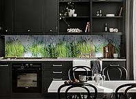 Кухонный фартук Дождь на стекле, капли воды на окне (виниловая пленка для кухни скинали) зеленый, 600*3000 мм