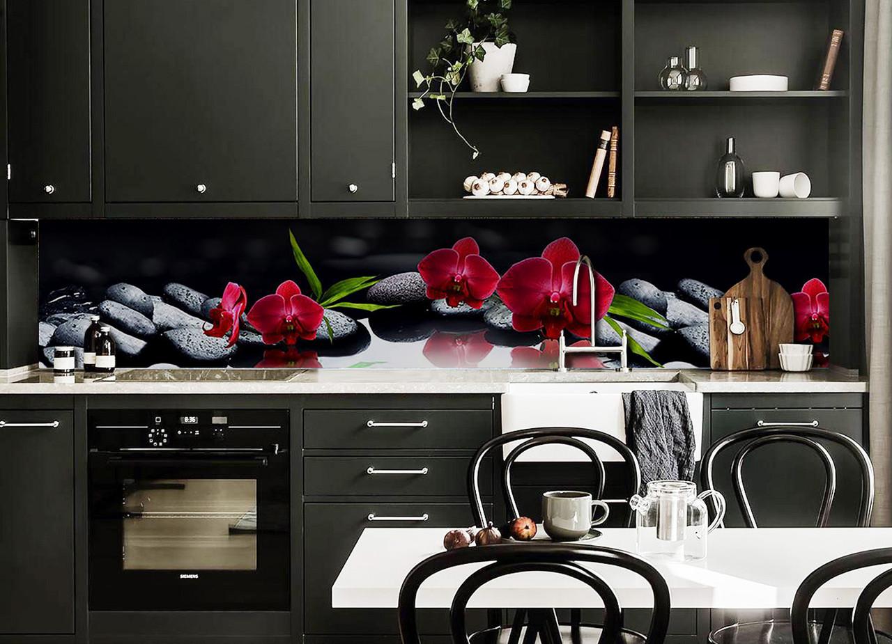 Кухонный фартук самоклеющийся Алая орхидея Черные камни (скинали для кухни наклейка ПВХ) черный 600*2500 мм