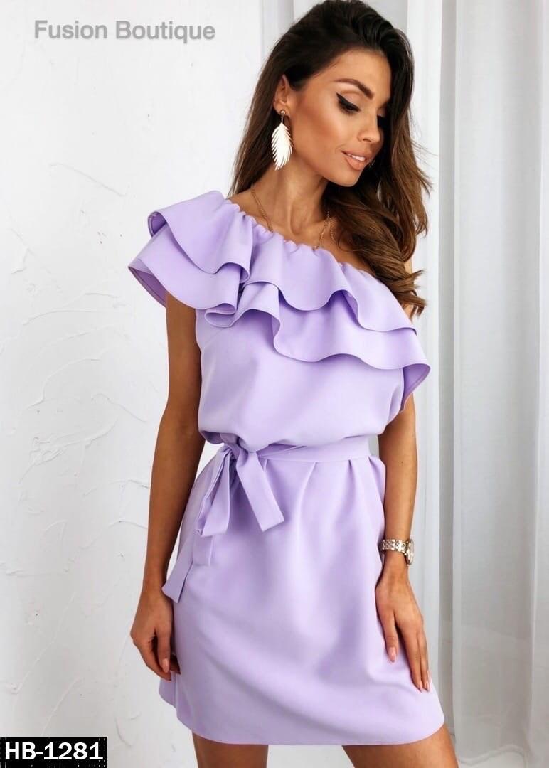 Женское нарядное платье с воланами